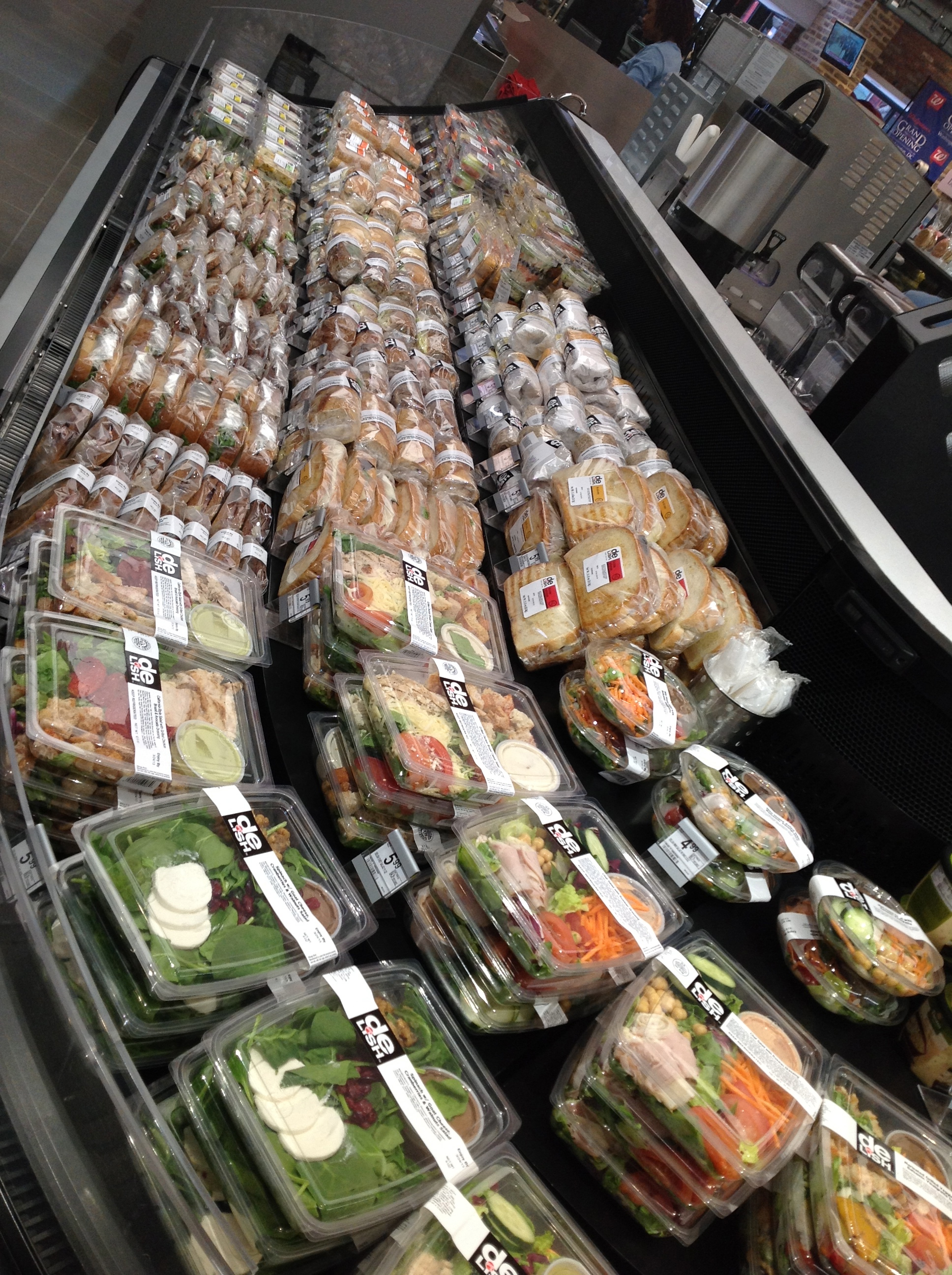 UpMarket Salads at Walgreens. At the Corner of 7th and H  New DC Walgreens   WAGDC   Mom Most